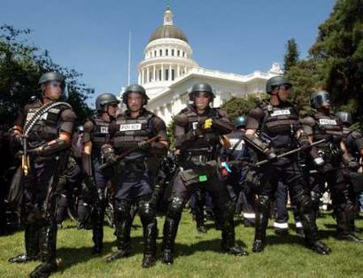militarization of US police