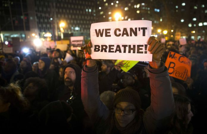 2016-01-26-1453767203-4658644-eric_garner_nypd_protest_ap_img_5