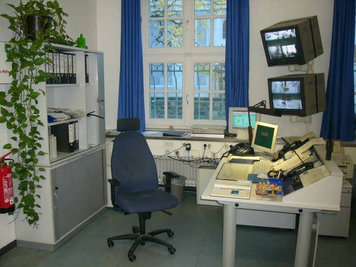 desk_of_a_police_sergeant_in_munich2c_germany
