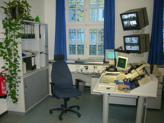 desk_of_a_police_sergeant_in_munich2c_germany